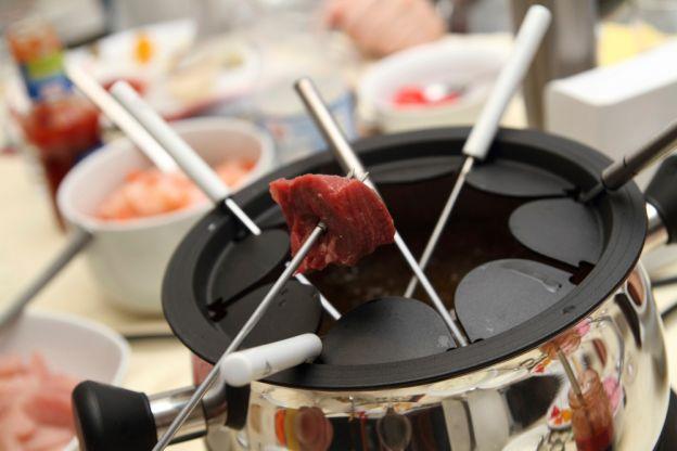 das gelungene fondue tipps ratschl ge und rzeptideen. Black Bedroom Furniture Sets. Home Design Ideas