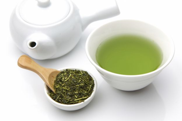 Smoothies zur Gewichtsreduktion mit grünem Tee