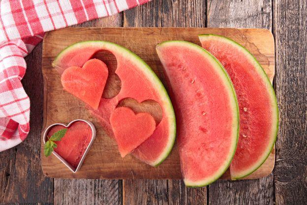 nicht wegwerfen warum wir die schale von wassermelonen essen sollten. Black Bedroom Furniture Sets. Home Design Ideas