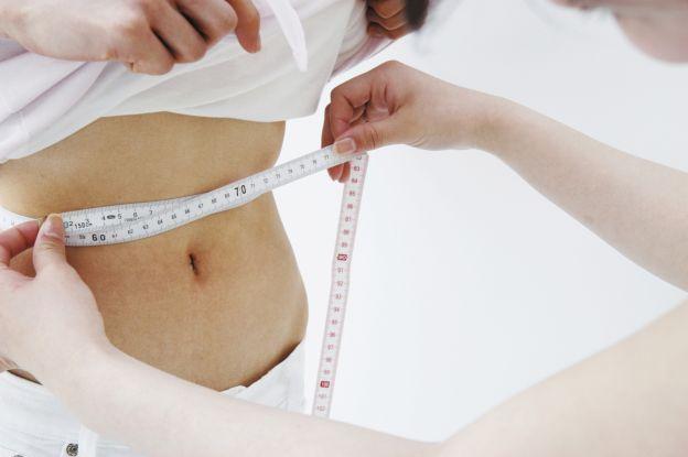 Wie man in 2 Wochen ohne Diät Gewicht verliert