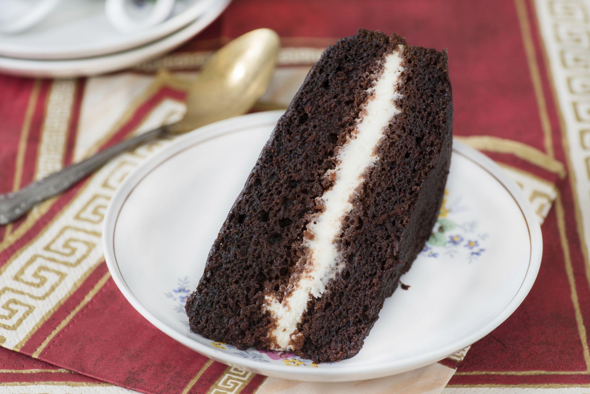 Schokoladenkuchen Mit Nutella Creme Fullung 4 5