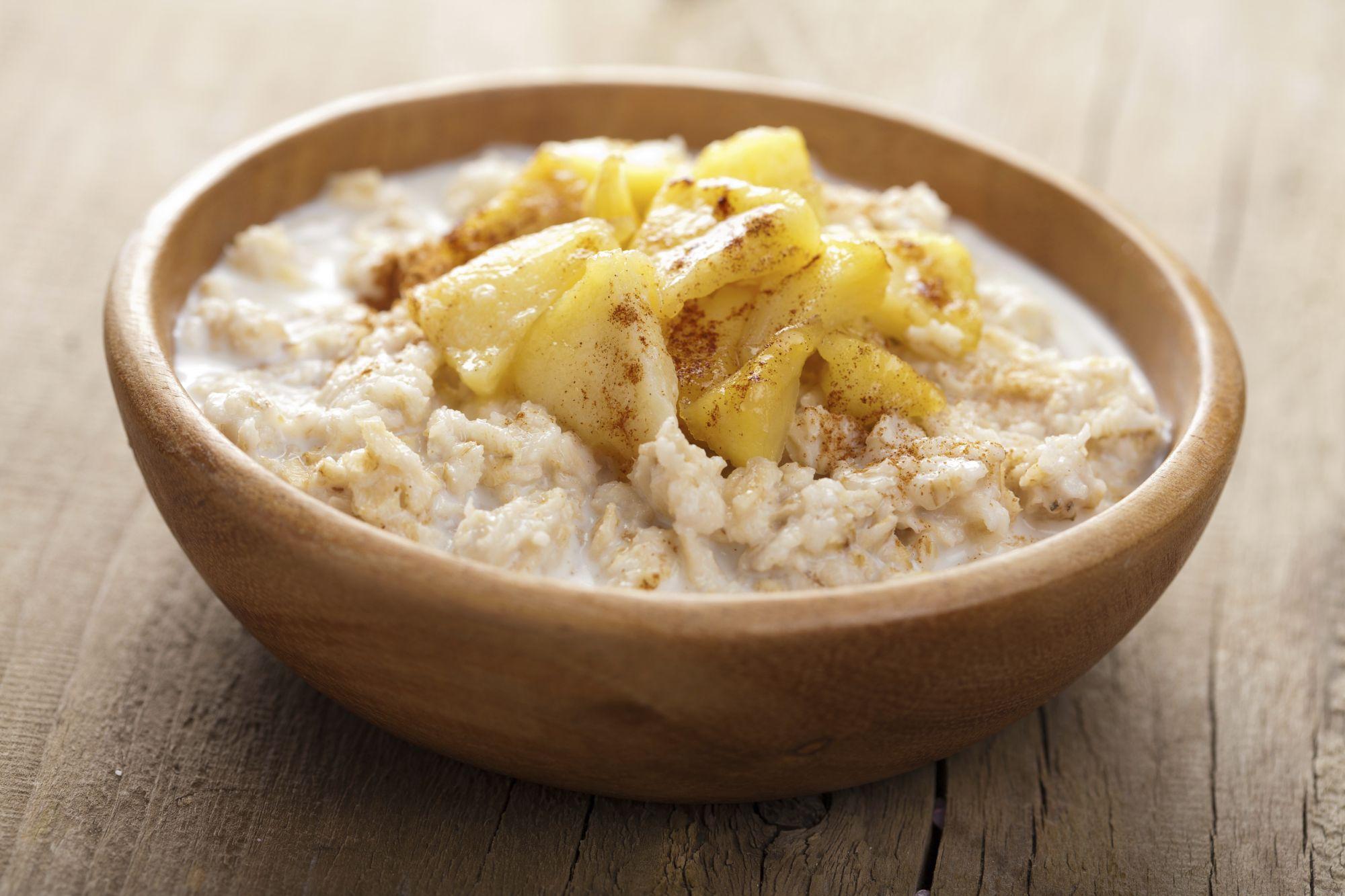 veganes hafer porridge mit birnen 3 5 5. Black Bedroom Furniture Sets. Home Design Ideas