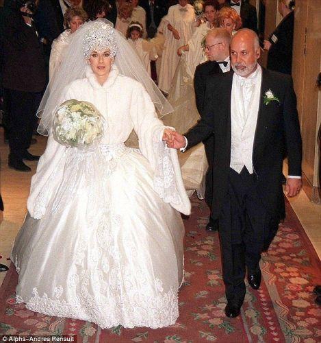 Großartig Promi Brautkleider Ideen - Kleider und Blumen - babytop.info