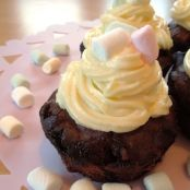 HARIBO Chamallows-Schokocupcakes mit Vanilletopping