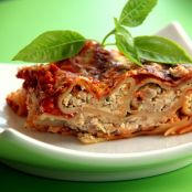 Cannelloni mit Kaese-Speck Fuellung