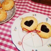 Pie Pops & Mini Pies