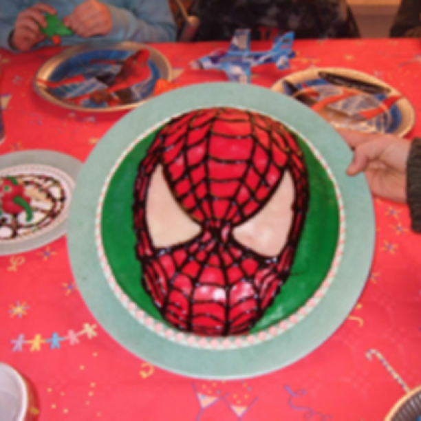 Spiderman Kuchen 385