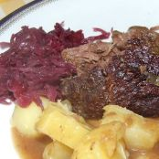 Schmorbraten in Steinpilzsoße