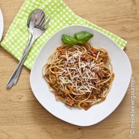 spaghetti bolognese mit verstecktem gem se 4 5. Black Bedroom Furniture Sets. Home Design Ideas