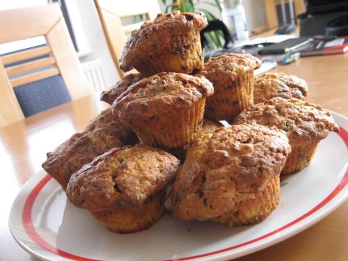 apfel schokoladen muffins mit rum 2 9 5. Black Bedroom Furniture Sets. Home Design Ideas